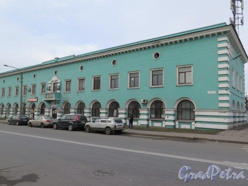 Люботинский пр., д. 6/ул. Кондратенко, д. 3. Офисное здание фирмы Хлебтранс. Общий вид. фото март 2015 г.