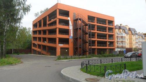 Всеволожск, Христиновский проспект, дом 83А. Многоуровневый паркинг жилого комплекса