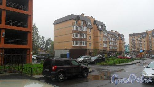 Всеволожск, Христиновский проспект, дом 83, корпус 1. Идет заселение дома. Фото 11 сентября 2016 года.