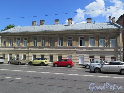 Греческий пр., д. 1. Здание Рождественской больницы, 1865-66. Фасад здания по 2-й Советской ул. фото июнь 2015 г.
