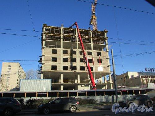 2-й Муринский проспект, дом 36. Строительство гостинично-офисного комплекса . Фото 2 ноября 2017 года.