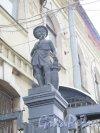 Лиговский пр., д. 60. Завод Сан-Гали. Статуя на Воротах. фото февраль 2016 г.