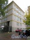 Невский пр., д. 108, лит. Б. Боковой фасад здания школы № 207. фото октябрь 2017 г.
