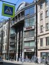 Большой пр., П.С., д. 84. Торгово-офисный центр «Северная Венеция», 2010. Общий вид фасада. фото май 2018 г.