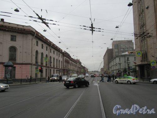 Литейный проспект. Вид проспекта от ул. Чайковского в сторону Невы. фото октябрь 2017 г.