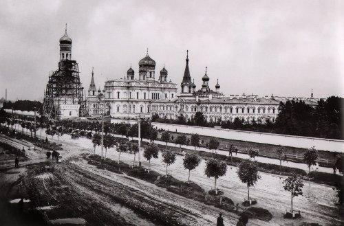 Московский проспект, дом 100. «Воскресенский Новодевичий монастырь. 1895 год»