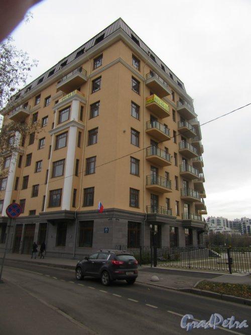 Пр. Динамо, д. 6. Жилой комплекс «Brilliant House», 2012-14. Общий вид. фото ноябрь 2017 г.