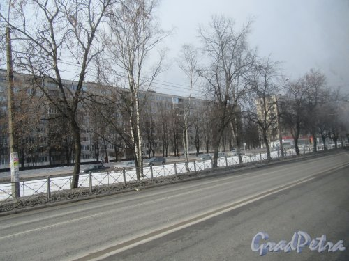 Гражданский пр., д. 90, к. 1. 9-ти этажный жилой дом Серии 1-ЛГ602В-6, 1966-69. Общий вид. фото март 2018 г.