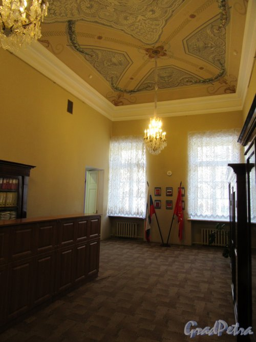 Невский пр., д. 39. Аничков дворец. Помещение секретариата на 2-м этаже. Общий вид. фото март 2018 г.