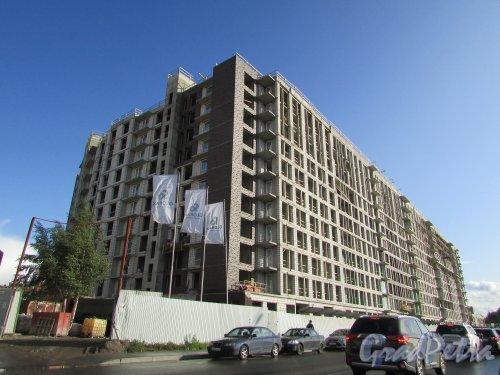 Лиговский проспект, дом 271, строение 1. Общий вид на строительство корпуса ЖК «Первый Квартал» по Боровой улице. Фото 1 октября 2019 года.