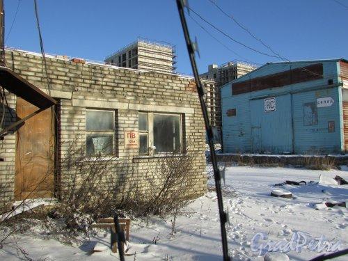 Лиговский проспект, дом 236, литера Щ. Здание проходной. Фото 6 февраля 2020 года.