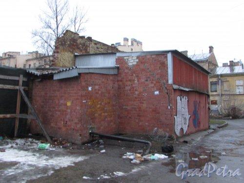Лиговский проспект, дом 214, литера Б. Общий вид дворового флигеля. Фото 10 февраля 2020 года.