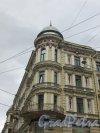 Невский проспект, дом 170 / Исполкомская улица, дом 2. Угловая башня. Фото 7 мая 2020 г.