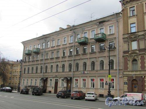 Невский проспект, дом 163, литера А. Общий вид фасада здания. Фото 7 мая 2020 г.