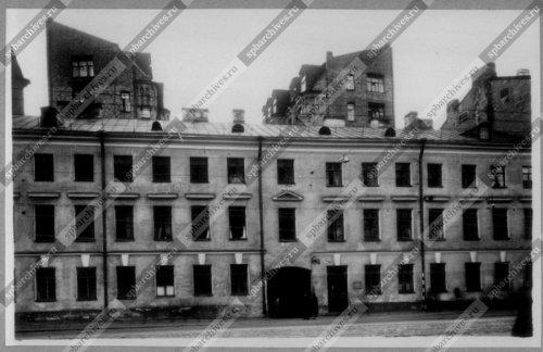 Вид главного фасада дома №135 на Невском проспекте. Дата съёмки: 1960 г. Автор съемки не установлен.