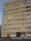 Петергофское шоссе, дом 5, корпус 1. Фрагмент здания со стороны фасада. Фото март 2014 г.