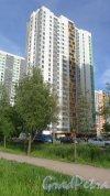 Южное шоссе, дом 53, корпус 3, строение 1. 25-этажный жилой дом 2017 года постройки. 1 парадная, 240 квартир. Фото 3 июня 2018 года.