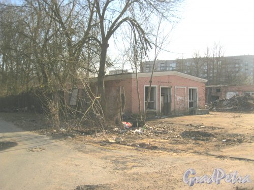 Г. Красное Село, Гатчинское шоссе, дом 5, корпус 2. Общий вид. Фото 8 апреля 2014 г.