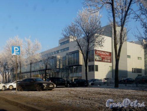 Пулковское шоссе, дом 36, корпус 3, литера Б. Автоцентр «ЕвроСиб Авто». Фото 20 ноября 2014 года.