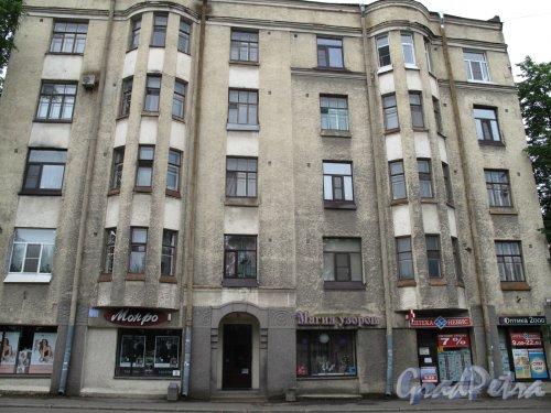 Ленинградское шоссе (Выборг), д. 3. Доходный дом в стиле Северного модерна. Общий вид. фото июнь 2014
