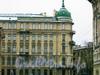 Ул. Кирочная, д. 45. Фрагмент фасада здания. Март 2009 г.