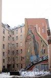 ул. Глинки, д. 6.жилые дома. Роспись на брандмауэре. Фото декабрь 2011 г.