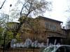 Ул. Академика Павлова, д. 13. Левый корпус дачи В. Ф. Громова в Лопухинском саду. Фото октябрь 2008 г.