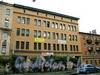 Дровяная ул., д. 6-8. Фасад здания. Фото июль 2009 г.