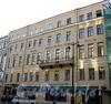 Большая Морская ул., д. 27. Бывший доходный дом. Фасад здания. Фото июль 2009 г.