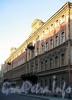 Галерная ул., д. 20 (правая часть) / Замятин пер., д. 4. Доходный дом И.О. Утина. Фасад по улице. Фото июль 2009 г.
