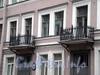 Караванная ул., д. 6. Бывший доходный дом. Балконы. Фото октябрь 2009 г.