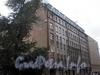 Курляндская ул., д. 8. Бывший доходный дом. Общий вид здания. Фото июль 2009 г.