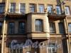 Ул. Черняховского, д. 41. Бывший доходный дом. Фрагмент фасада здания. Фото октябрь 2009 г.
