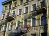 Ул. Черняховского, д. 53. Бывший доходный дом. Фрагмент фасада здания. Фото октябрь 2009 г.