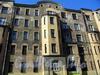 Ул. Чапаева, д. 2, лит. А. Фрагмент фасада здания. Фото август 2009 г.