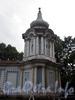 Смольный монастырь. Фрагмент стены с часовней  до реставрации со стороны улицы Смольного. Фото август 2008 г.