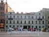 Ул. Декабристов, д. 48. Бывший доходный дом. Общий вид здания. Фото ноябрь 2009 г.