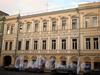 Ул. Декабристов, д. 49. Доходный дом Е. Брюн. Фасад здания. Фото ноябрь 2009 г.