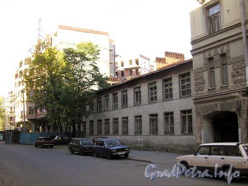 Советская 10-я ул., д. 8, Центральный р-н Санкт-Петербурга. Общий вид здания.