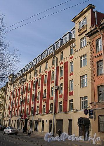 Ул. Котовского, д. 1 (левая часть). Фасад здания. Фото апрель 2010 г.