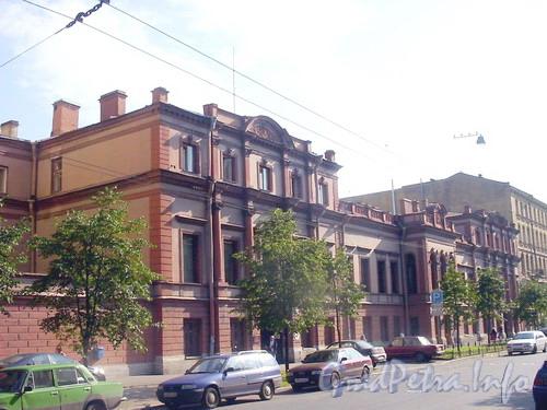 ул. Чайковского, д. 46-48. Общий вид здания.