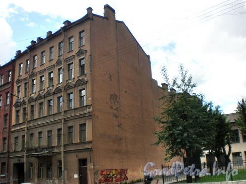 Тележная ул., д. 21, общий вид здания от Кременчугской ул. Фото 2008 г.