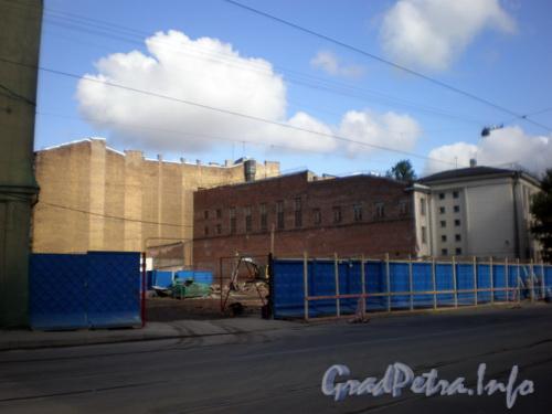 Исполкомская ул., д. 14, внутренний двор, после сноса флигелей. Фото 2008 г.