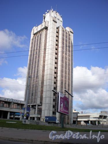 Кантемировская ул., д. 12,  общий вид здания. Фото 2008 г.