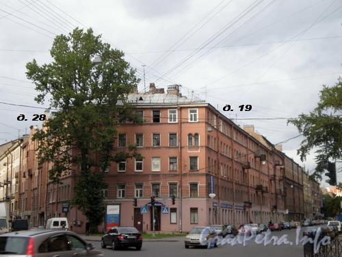 Боровая ул., д. 28 / ул. Константина Заслонова, д. 19, общий вид здания. Фото 2008 г.