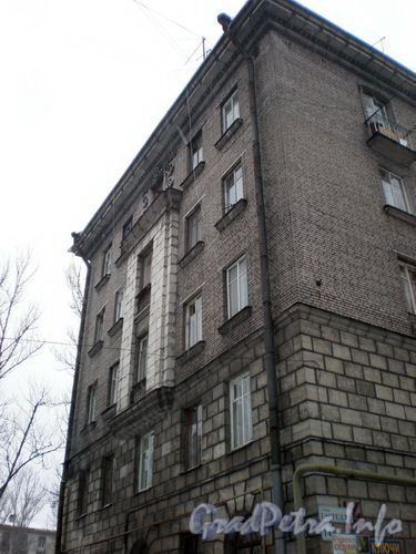 ул. Гастелло, д. 14, фрагмент фасада здания. Январь 2009 г.