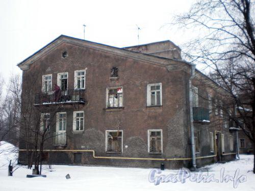 Задворная ул., д. 4. Общий вид здания. Январь 2009 г.