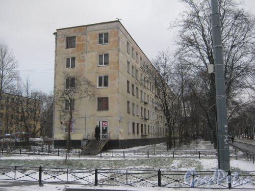 Ул. Зины Портновой, дом 34. Фрагмент здания. Вид со стороны дома 119, литера А по Ленинскому пр. Фото 12 января 2014 г.