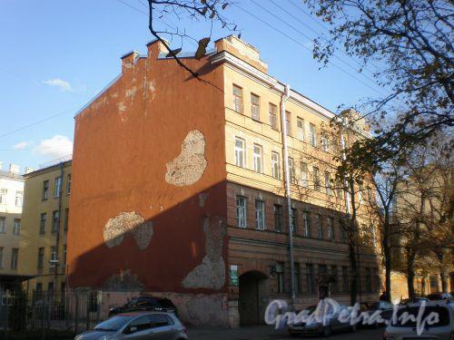 Ул. Большая Разночинная, д. 23. Общий вид здания. Октябрь 2008 г.