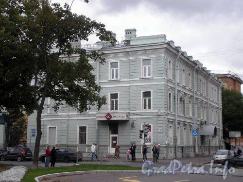 Наличная ул., д. 9/Средний пр., д. 103. Фасады здания. Сентябрь 2008 г.